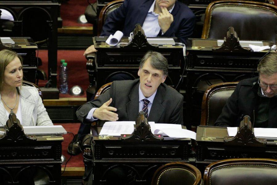 Pablo Kosiner durante el informe que brindo Marcos Peña.