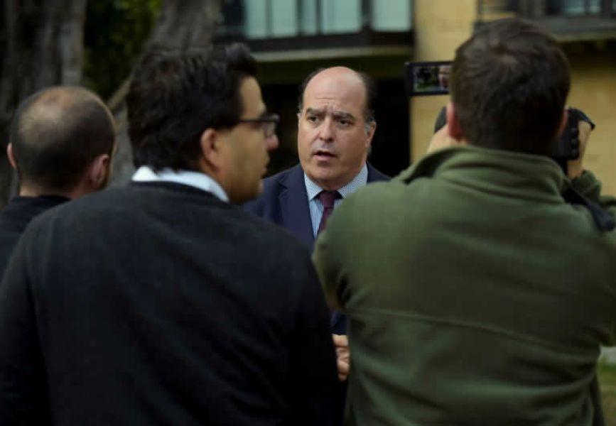 El opositor venezolano Julio Borges, se encuentra exiliado en Bogotá, Colombia.