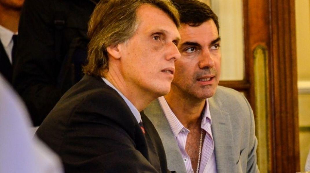 Pablo Kosiner y Juan Manuel Urtubey firmaron la nota, junto a Manuel Godoy, dirigida a Jose Luis Gioja.