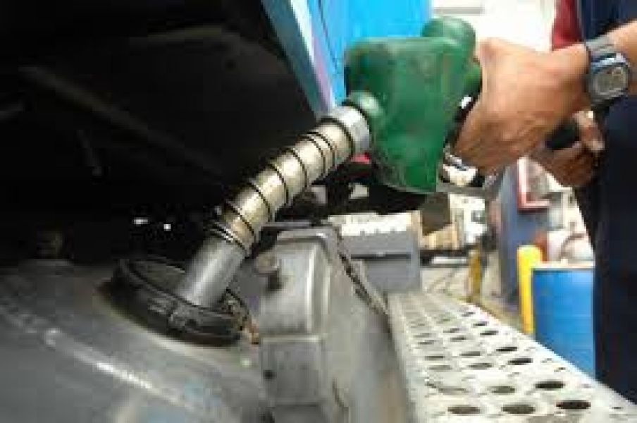Entre el viernes y ayer los combustibles tuvieron un incremento del 7% y  8,5%, pero aun afirman que falta un 9%.