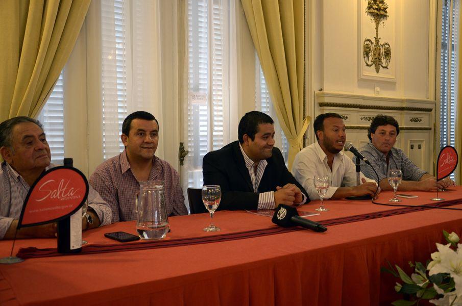 """Con el lanzamiento del 11° Festival """"El Seclanteño"""", en el Centro Cultural América arrancan las 350 fiestas populares de la provincia."""