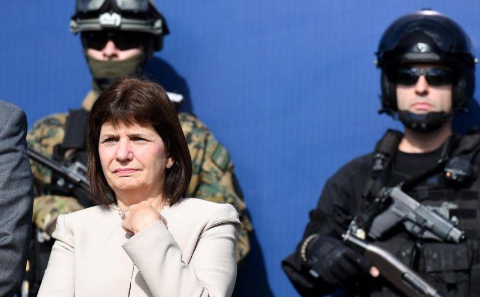 Patricia Bullrich, impulsa endurecer la ley migratoria y en crear una cámara que se ocupe específicamente de los extranjeros que buscan expulsar.