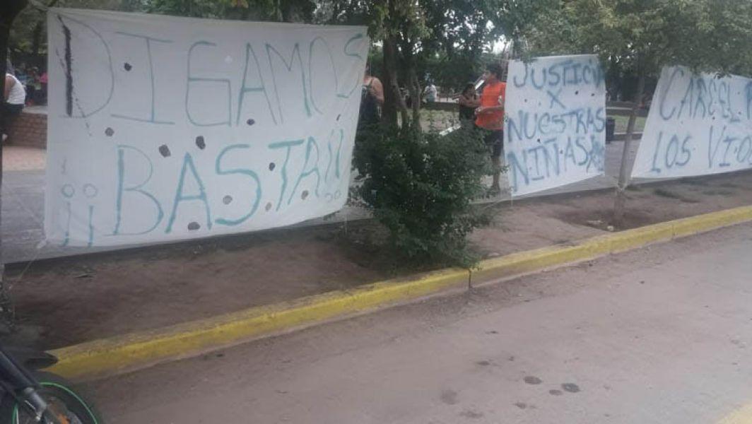 En Las Lajitas persisten las marchas pidiendo justicia por la nena violada en una fiesta de año nuevo.