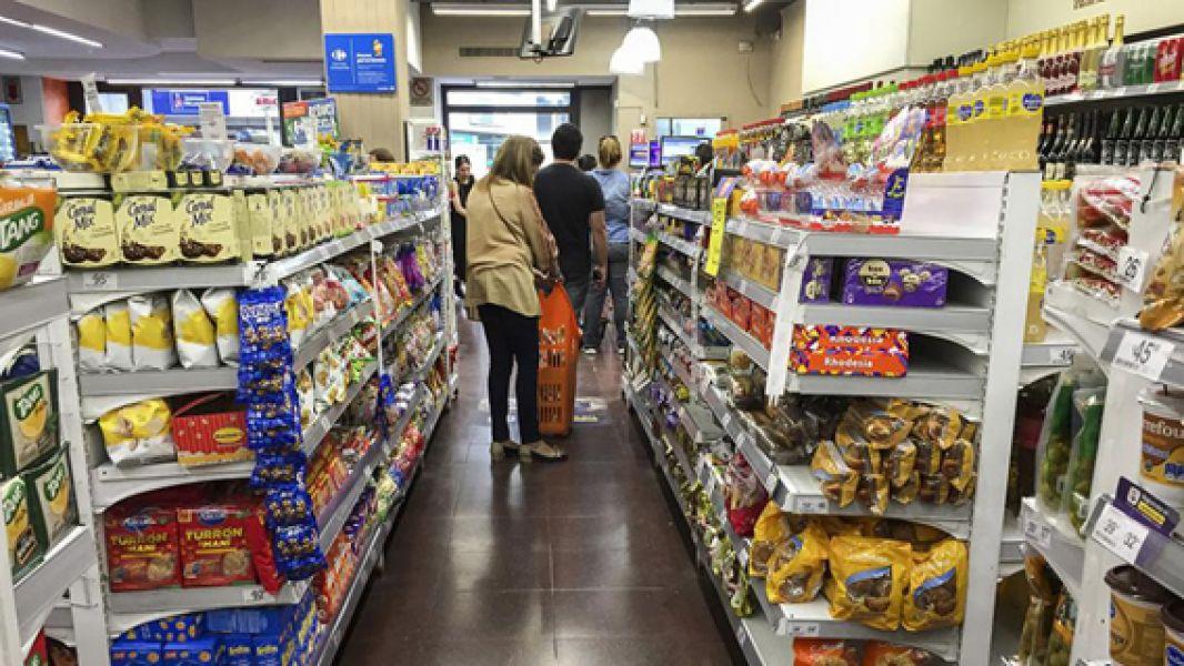 El programa de Precios Cuidados se prorrogó hasta el 6 de mayo. Participan del programa más de 44 cadenas de supermercados.
