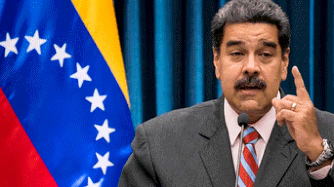 """El presidente de Venezuela se dirigió a la población estadounidense y acusó a Donald Trump de querer """"poner mano"""" al petróleo de su país."""