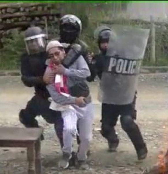 En la refriega policial un menor fue detenido.