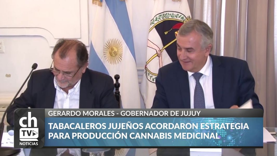 La firma del convenio con el gobernador Morales.